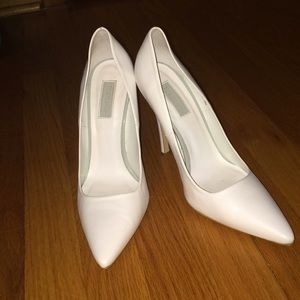 Topshop White Leather Stiletto Pumps